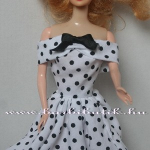 fekete fehér pöttyös barbie ruha