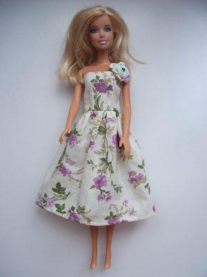 egyszerű virágoss barbie ruha KZS