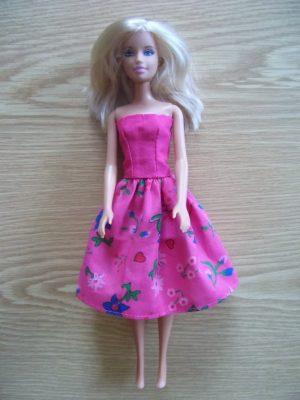 egyszerű barbie ruha KZS. 3