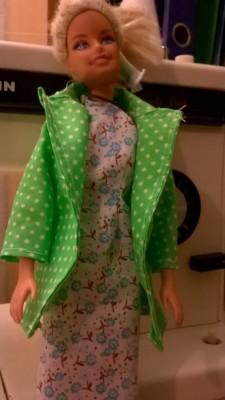 Nóri pöttyös barbie kabát 2
