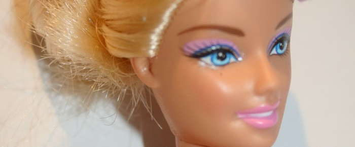 Kétoldalon hordható  Barbie sapka