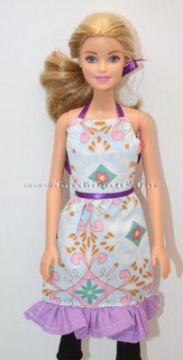 barbie kötény 1