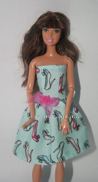 egyszerű barbie ruha cipő mintás