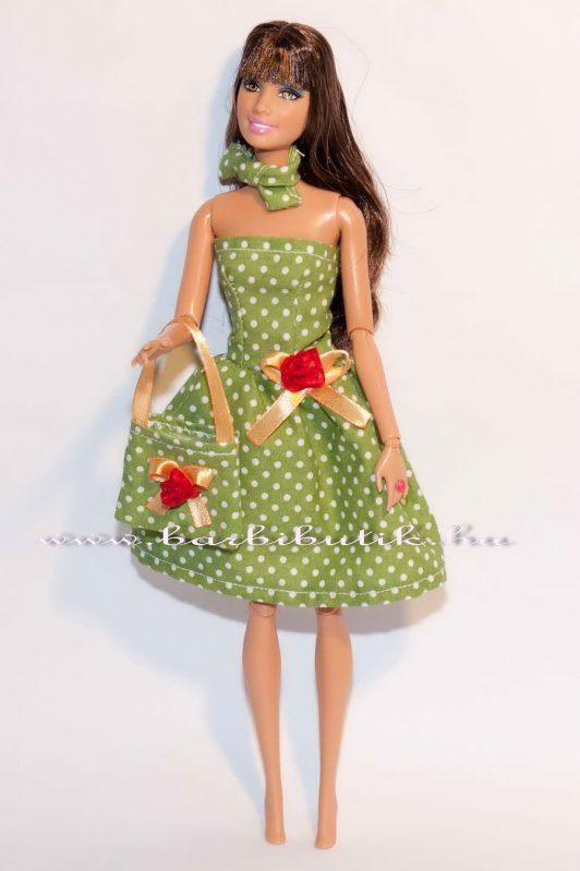 zöld pöttyös egyszerű barbie ruha