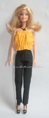 sárga gumis barbie top fekete nadrág