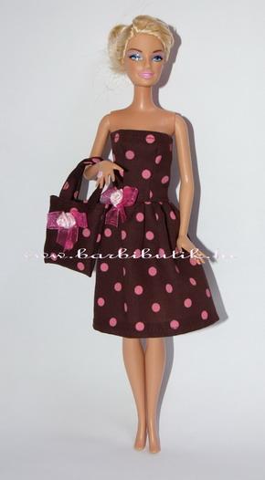 barna pöttyös barbie ruha táskával