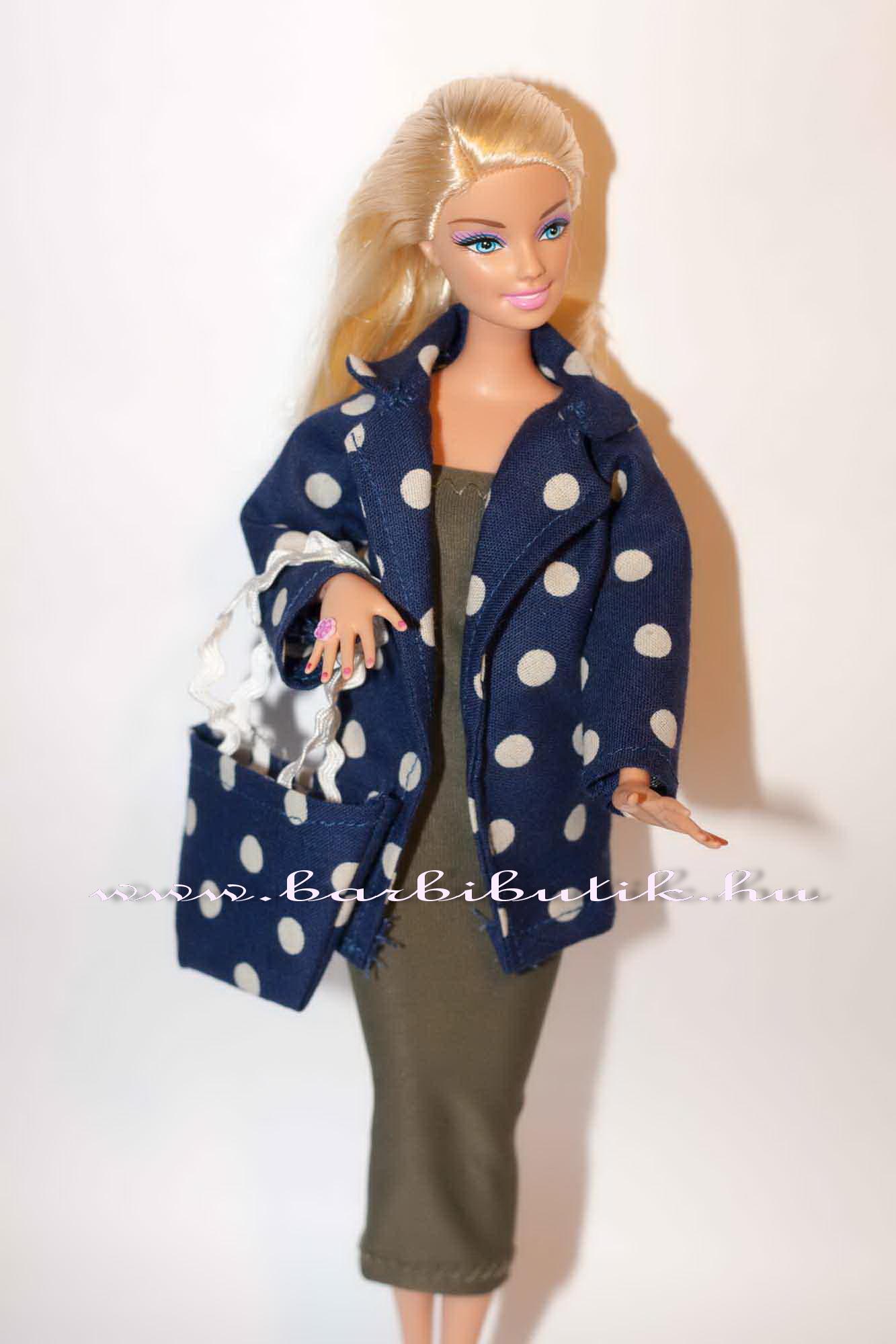 zöld barbie ruha pöttyös kabáttal