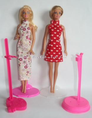 barbie ruha nyakbakötős maxi és mini tartókkal