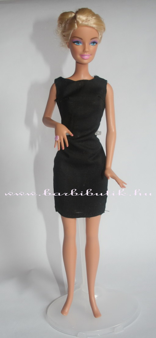 kis fekete barbie ruha