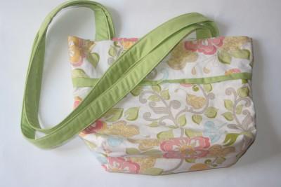 saját virágos táskám