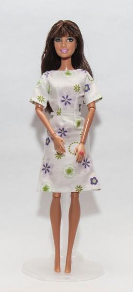 kereknyakú rövidujjú barbie ruha