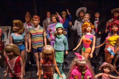 Barbie barátai 2