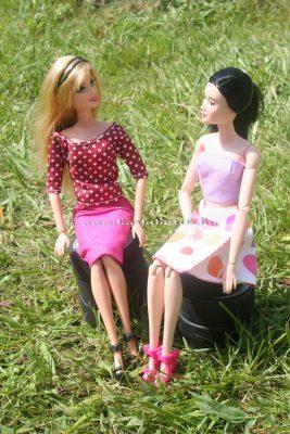 barbie barátnővel