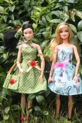 barbie egyszerű pánt nélküli ruha