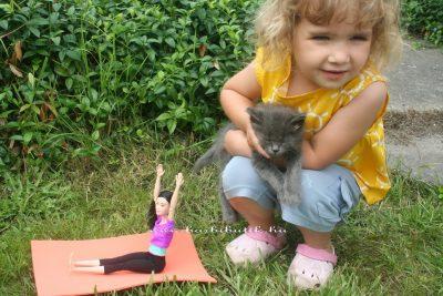 jógázós barbie 14 és berni cicával