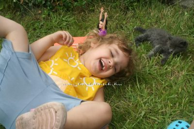 jógázós barbie 16 és berni cicával