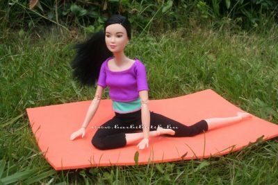 jógázós barbie 7