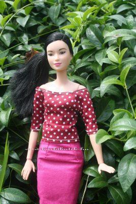 barbie szűk szoknya, csónaknyakú felső