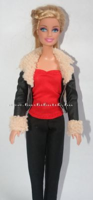 piros barbie csőtop kabáttal