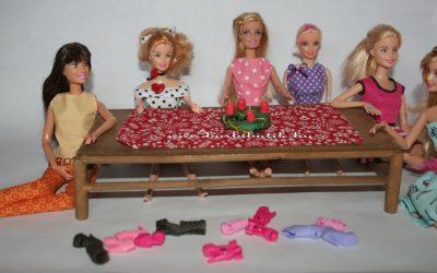 barbie adventi koszorúval