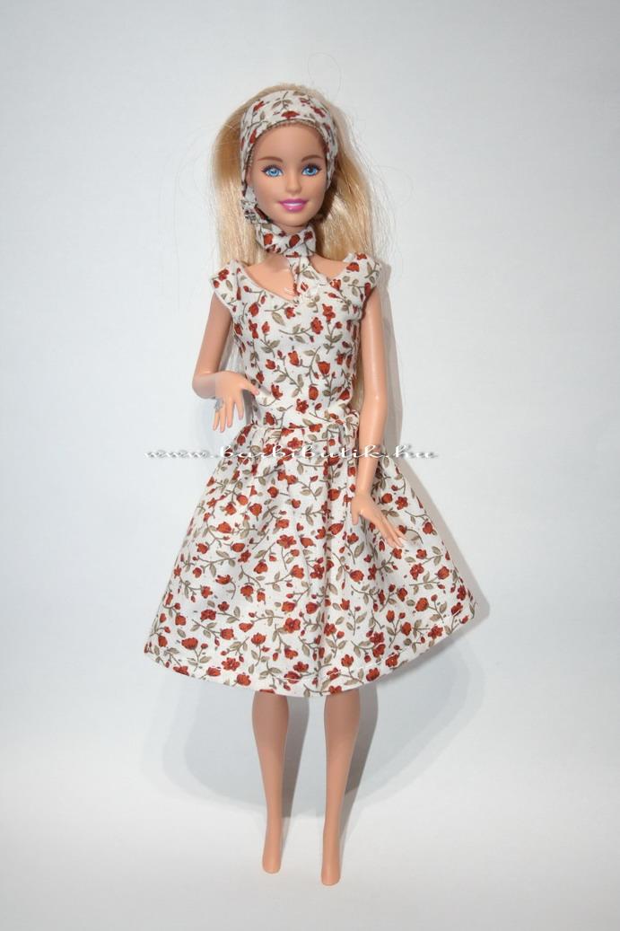 V nyakú rózsás barbie ruha