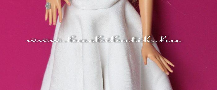 Barbie szoknya négyzetekből