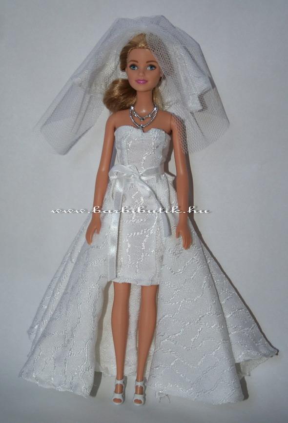 barbie menyasszonyi ruha fátyol ékszerrel