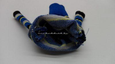 pulcsikészítés zokniból barbienak