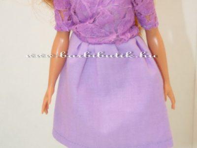 csónaknyakú lila ruha curvy barbie 2