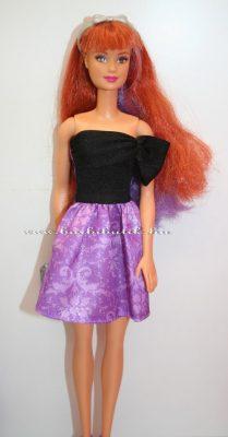 kétszínű hajú barbie vörös hajráffal