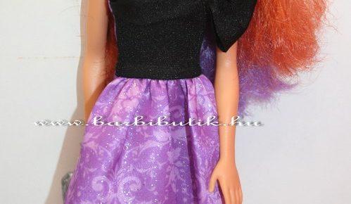 Bemutatkozik a kétszínű hajú barbie