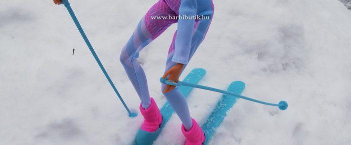 Barbie síelni tanul