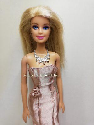 púder színű szatén estélyi barbie ruha rövid