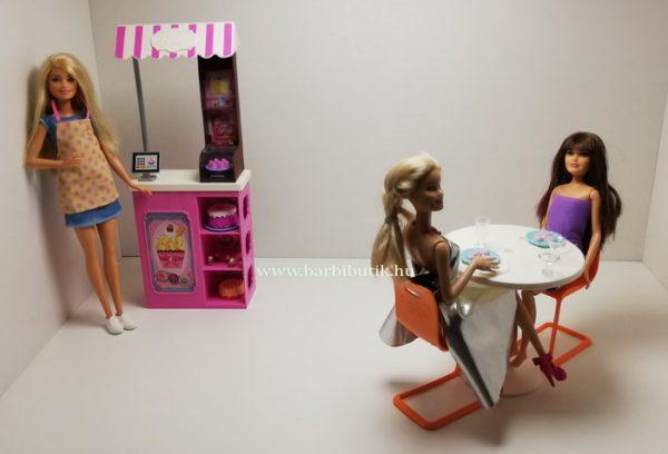 Barbiek a cukrászdában 2