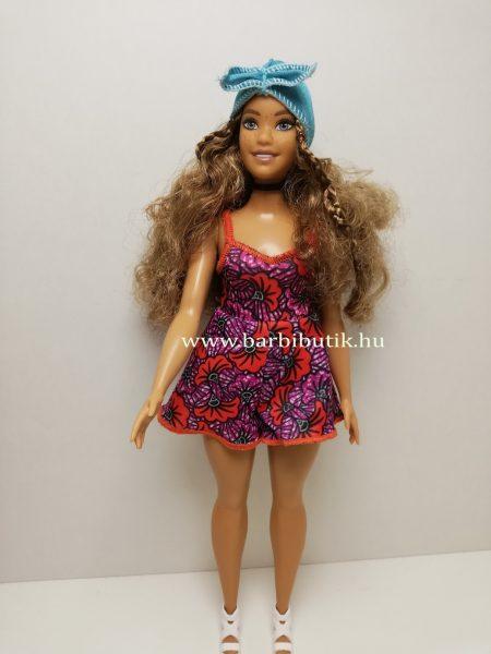 barna hajú dundi barbie lila ruhában fejpánttal 2