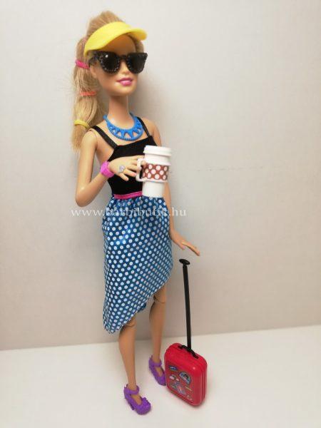 barbie bőrönddel napszemüveg