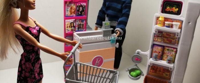 Barbie kisbolt